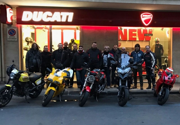 Visita ducati store catania 2017 - 4